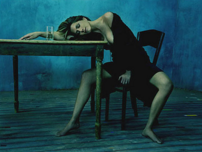 sleeping_3_aniston