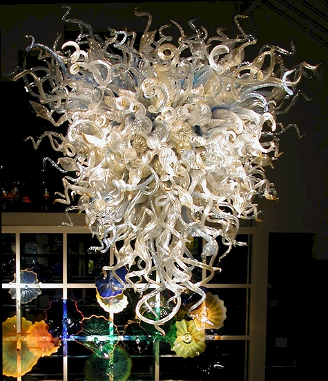 dale-chihuly-chandeliers